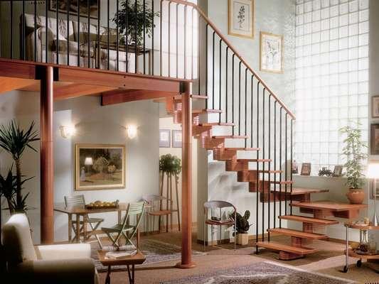 Cerrajer a madrid rejas met licas puertas vallas - Cerramientos de escaleras ...